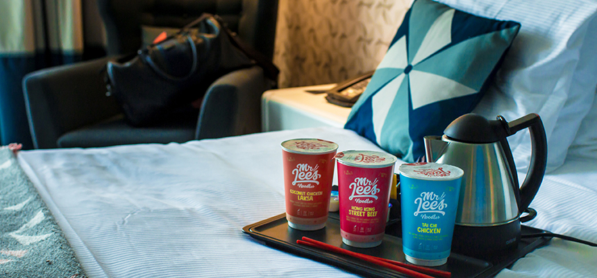 How Hotels Should Use Instant Noodles to Support Tourists